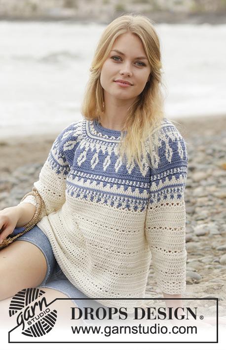 бело-синий плотный свитер крючком