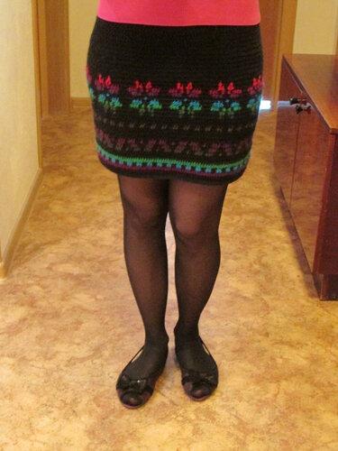 как связать плотную юбку крючком